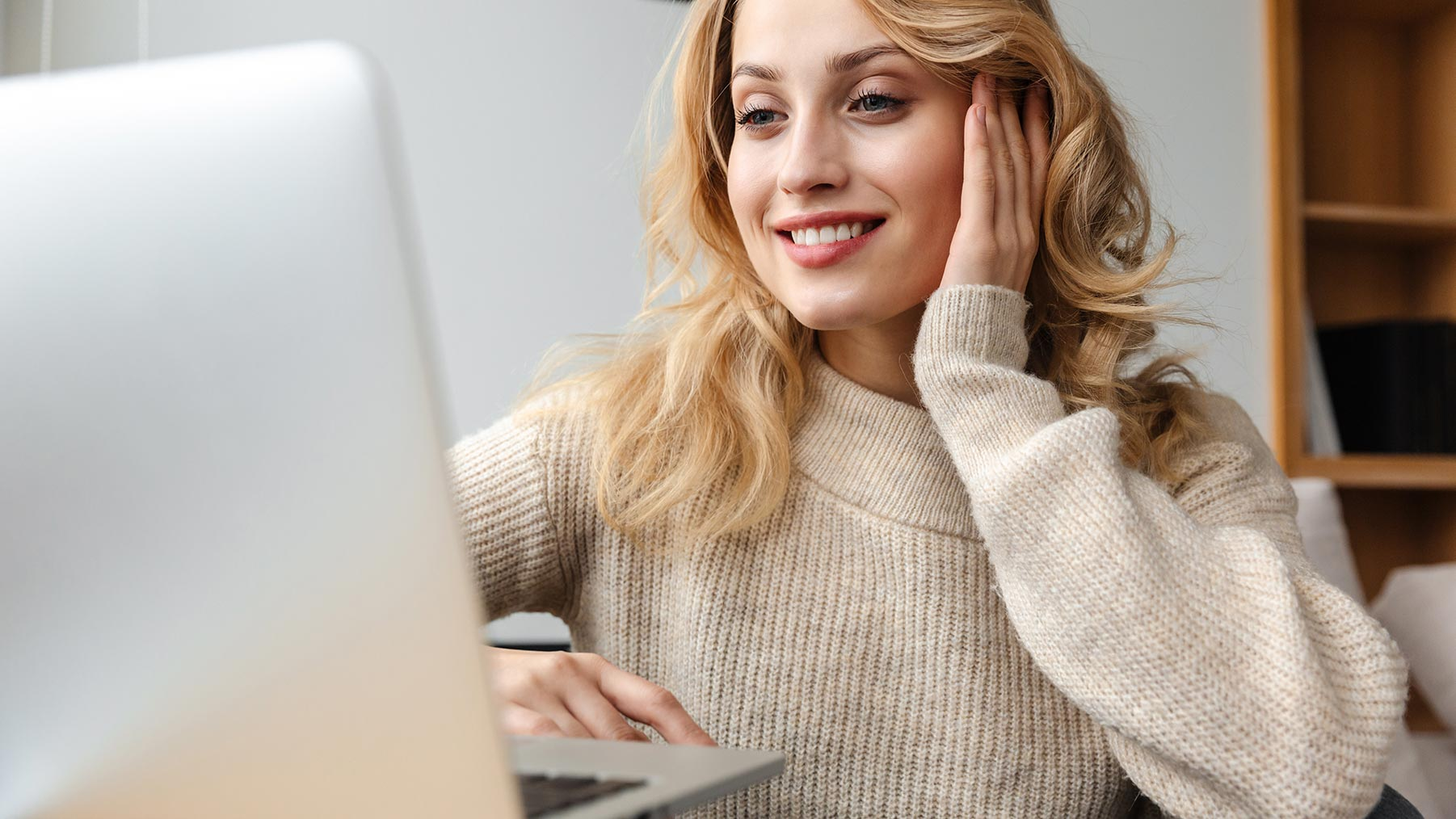 visita neurologo online cefalea telemedicina mal di testa